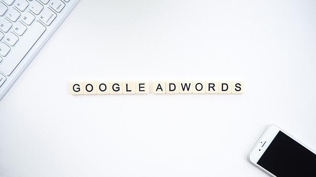 Jak dobierać słowa kluczowe w kampaniach Google Ads